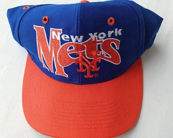 0c90bf0347526 ... new york mets 80s vintage fitted baseball cap hat size 7 big  embroidered logo