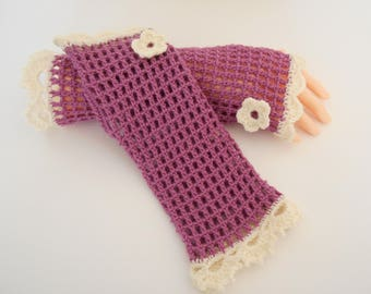 Pink-Purple and ecru color crochet mittens and small flowers