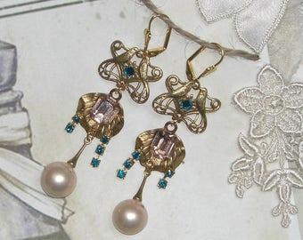 CHIC PEARL Crystal baroque earrings