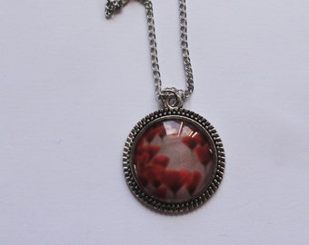 Red field poppies cabochon pendant necklace / silver