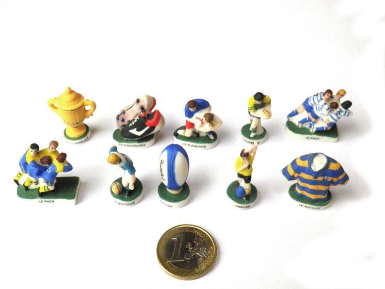 Rugby Rugbyman 10 Miniatures En Porcelaine Cadeau Homme Sportif Collectionneur Fèves Galette Des Rois De Collection