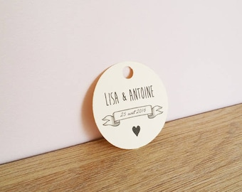 10 labels custom round wedding favors