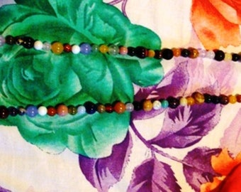 Bohemian necklace with multiple colors (repeat)