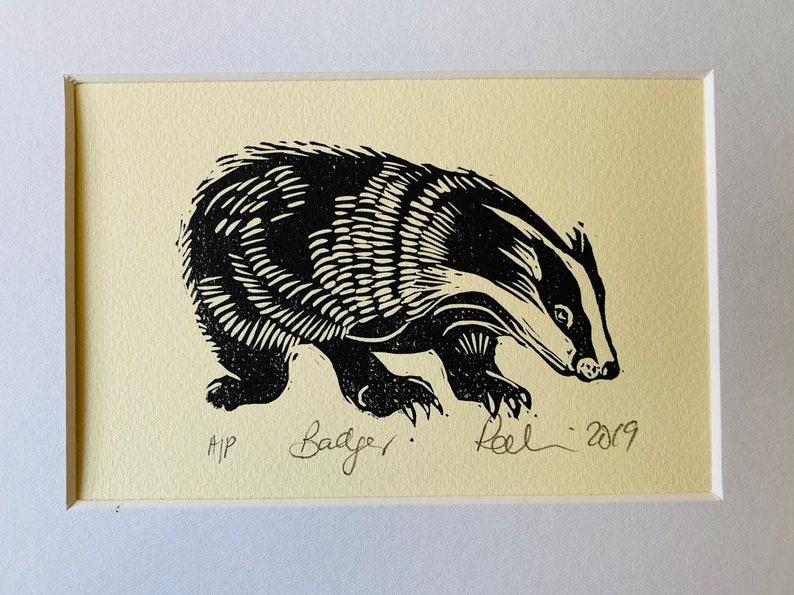 Badger  lino print in black image 0