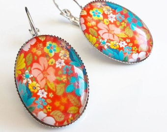 Silver Earring and a glass cabochon flower