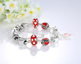 Beautiful very nice bracelet made with these European beads 18 cm/7.1 inch