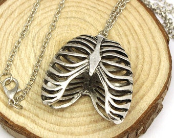 A pretty silver 3D ribcage necklace
