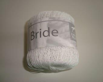 Pincushion 25 g of yarn white horse BRIDLE green shiny reflection