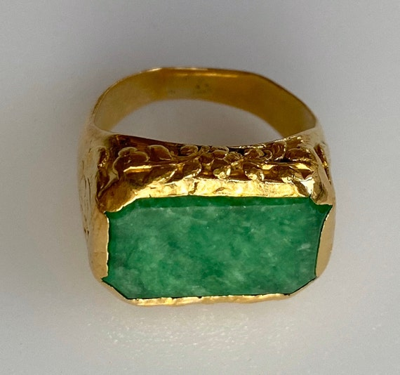 22k Solid Gold Antique Chinese Jade Saddle Ring 7.