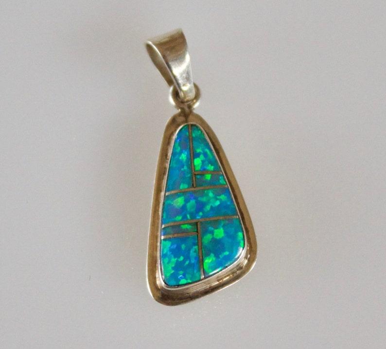 SALE***Vintage Navajo Sterling Silver Opal Pendant 2g*OBO