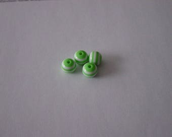 4 green and white 10 mm striped resin beads