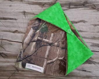 Reversible Realtree Camouflage/Green Dog Bandana