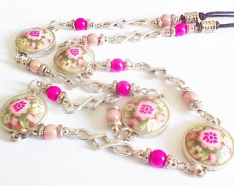 Necklace drops long 'in pink'