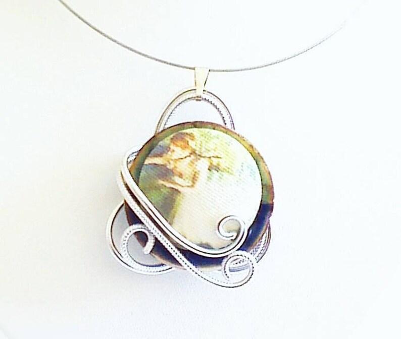 spiral pendant dancer, Necklace