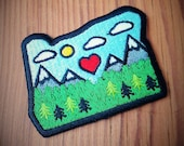 Oregon Patch FREE SHIPPING Iron-On Patch Embroidered Patch Cascade Mountains Shape of Oregon Diecut Patch Sisters Wilderness