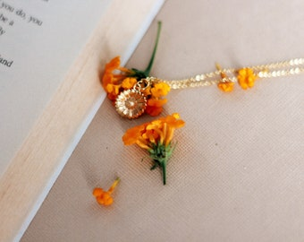 "The ""Daisy"" Necklace"