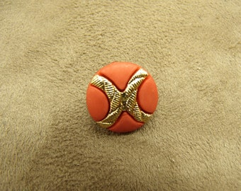 Acrylic button - 18 mm - gold on red background