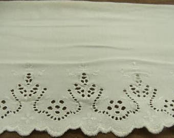 EMBROIDERY - on jersey cotton-17 cm / 5 cm - ecru