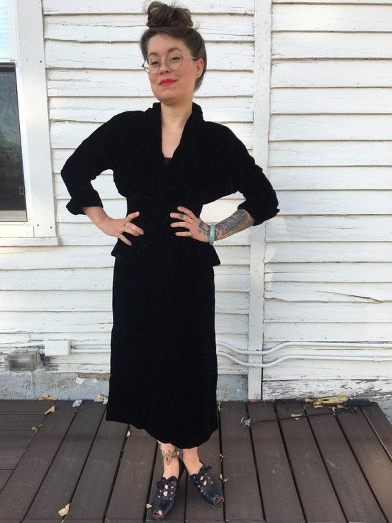 Vintage 30s 40s handmade black velvet jacket skirt