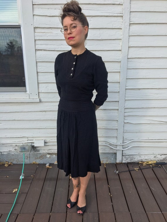 Vintage 40s rayon black dress with button collar,