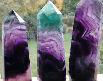 Rainbow Fluorit ~ Kristall Point ~ Magische Edelstein Deko ~Massagestab ~Crystal  ~HIPPIE ~GOA ~Ethno ~Heilstein ~Naturschatz Regenbogen