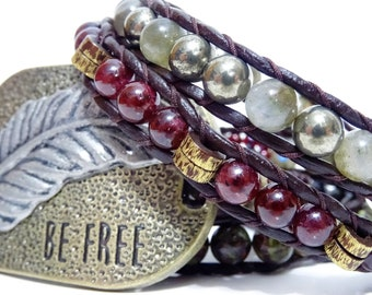 Boho, Gypsie - Bracelet wrap en cuir - Tons terre, Bourgogne, Or, Bronze - Grenat, Labradorite, Sang de dragon, Pyrite - Grand connecteur
