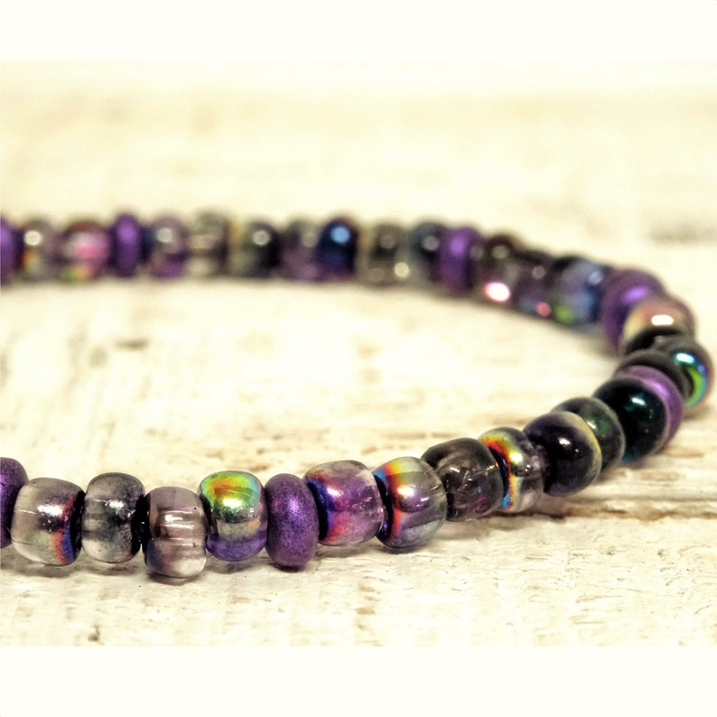 Czech seed beads bracelet for teen girls Medallion quote Live the Moment-Purple and ash