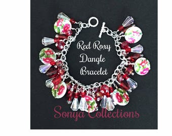 Red floral dangle bead bracelet
