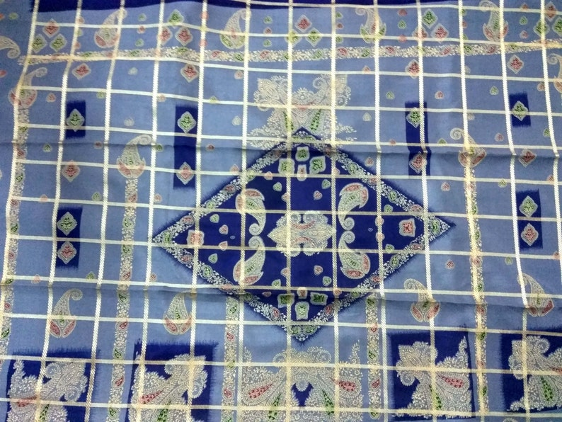 Free Shipping Beautiful  Vintage saree Art  Silk sari Fabric  Floral  Blue chek  color Double shaded  soft   Wrap Decor Upholstery RD-84