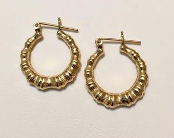 3b93fa2b7 Vintage 14K Gold Bamboo Hoop Earrings 015