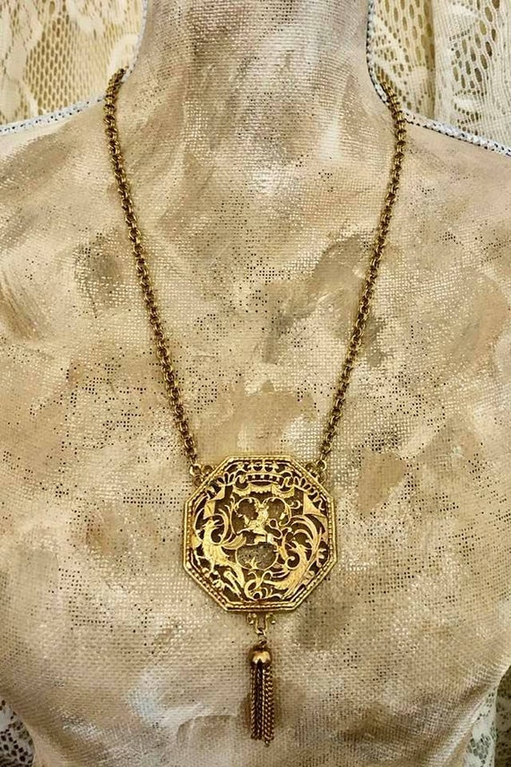 Vintage Lisner Lion Filagree Necklace            7