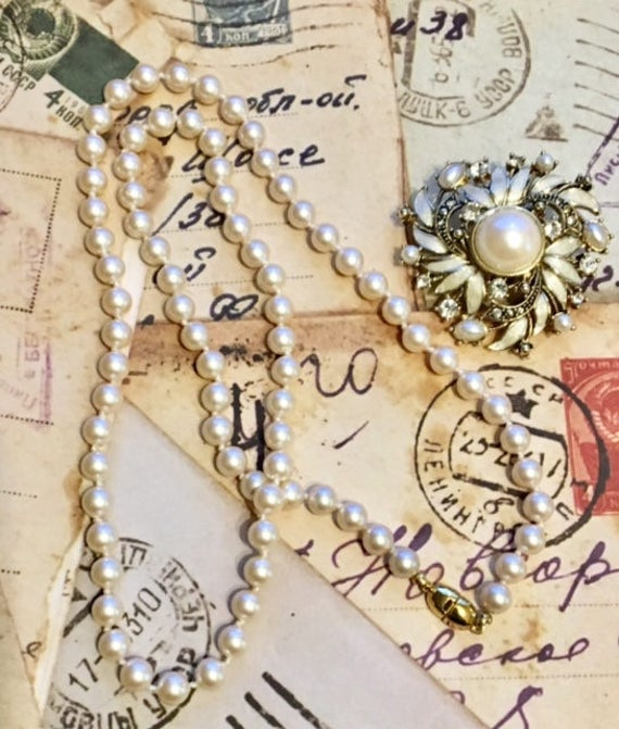 Vintage Pair- Monet Faux Pearl Strand and Faux Pe… - image 4