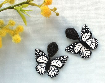 Black and white butterfly earrings: 2 Options