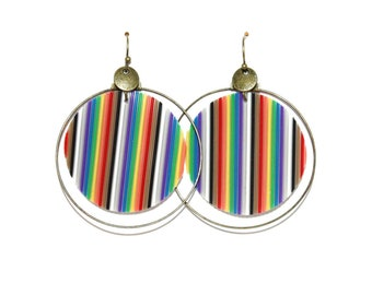 Multicolored recycled electronic wires hoops