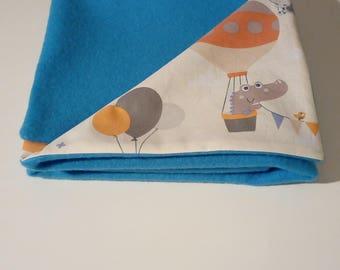 "Fabric and turquoise blue fleece baby blanket ""balloons"""