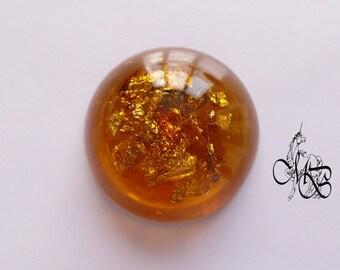 Imitation amber resin cabochon