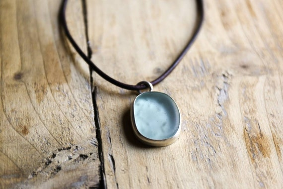 Sterling silver pale green Seaham seaglass choker pendant.