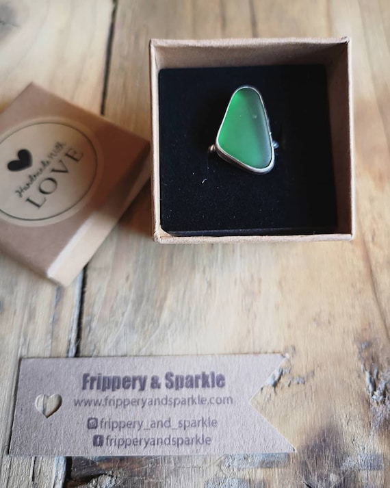 Sterling silver deep green Seaham seaglass ring, size L 1/2 UK