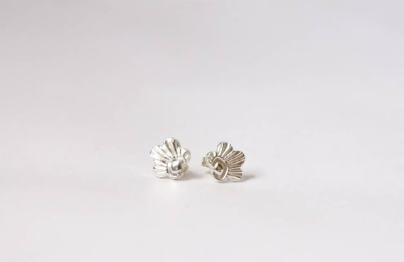 Hand-Fashioned Pure Silver Earrings. Solid pure silver embossed flowers. Sterling silver ear posts. One of a kind.