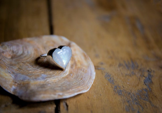 Sterling silver Moonstone ring, size N 1/2 (UK) 7 1/2 (US)