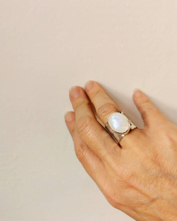 Sterling silver Rainbow Moonstone ring, size N (UK) 6 3/4 (US)