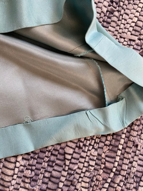 Elegant Dress - image 4