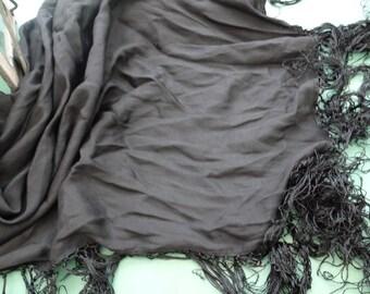 dc53505a7c0b Etole ancienne en soie noire,châle ancien en soie noir,châle vintage noir,étole  ancienne soie noire,soie noire,tissu ancien soie noire