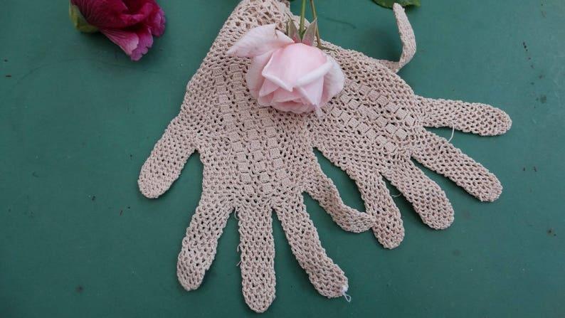 f192d2a7b8e Old clothes pair of gloves crochet late XIX vintage antique