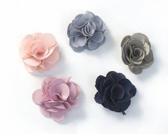 aaf9bac07951 5 Belles Fleurs Tissus 20mm- Couleurs Aléatoires - Scrapbooking - Couture -