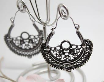 Beautiful earrings vintage style retro-
