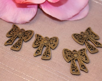 Lot 5 bronze 24x19mm charm Ajoure butterfly knot charms