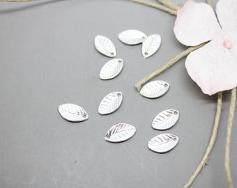 20 charms Silver Charm leaf 7x11mm-creating jewelry