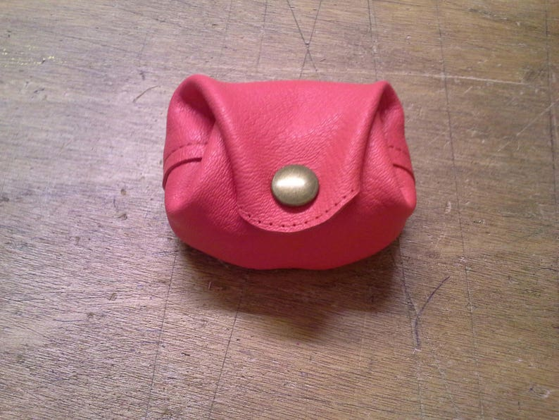 color coral pink Real leather purse