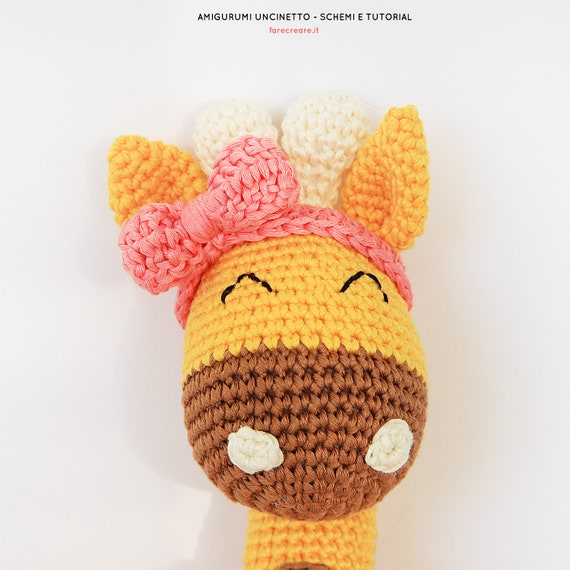Ghirlanda con Renna Amigurumi | World Of Amigurumi - YouTube | 570x570